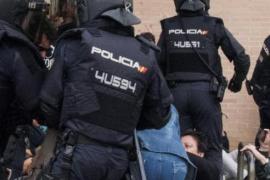 Un hombre herido muy grave en Lleida tras una carga policial durante el 1-O