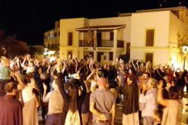 Centenares de personas defienden en Ibiza el derecho a decidir