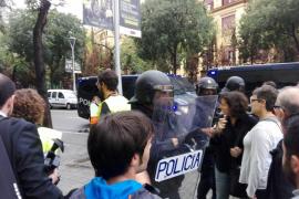 Armengol: «No se puede responder a golpe de porra a un pueblo que pide más democracia»