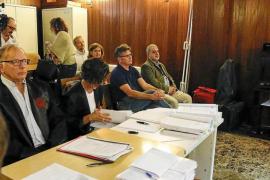 Cruce de acusaciones y reproches entre los dos acusados por el hundimiento del Don Pedro