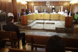 El conserje juzgado por violar a una turista en Sant Antoni afirma que el «ritmo lo llevaba ella»