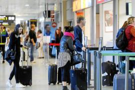 Los hoteleros cerrarán una «buena temporada» pese a la caída del 3% prevista en ocupación