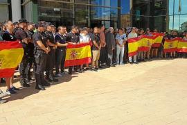 Más de 70 policías se concentran en Vila en apoyo a los destinados en Cataluña