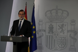 El Gobierno advierte a Carles Puigdemont que «no va a negociar ninguna ilegalidad»