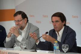 Aznar urge a Rajoy a actuar ya y añade que si no lo hace debe convocar elecciones generales