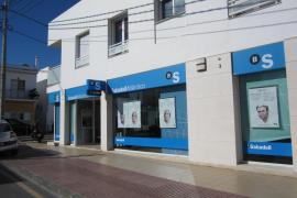 Banco Sabadell anunciará esta tarde si traslada su sede fuera de Cataluña