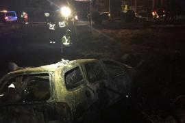 Dos personas mueren calcinadas en un accidente de tráfico cerca de Madrid