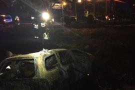 Dos personas fallecen carbonizadas dentro de un vehículo tras incendiarse al salirse de la vía en Guadalix
