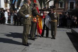 Santa Eulària se vuelca y vibra con la Jura de Bandera civil de más de 400 ciudadanos de la isla