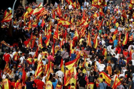El Gobierno agradece a los ciudadanos que han puesto «fin al silencio en Cataluña»