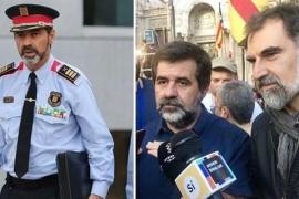 La Guardia Civil sitúa a Trapero con Jordi Sánchez y Cuixart en el organigrama del Govern para la independencia