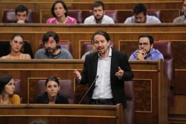 """Pablo Iglesias agradece a Puigdemont su """"sensatez"""" y pide a Rajoy que no aplique el 155 y dialogue"""