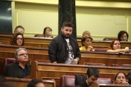 """Rufián llama """"salvajes que apalean"""" a los agentes desplegados en Cataluña"""