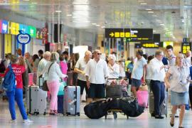 Aumenta casi un 6% el número de pasajeros en el aeropuerto de Ibiza hasta septiembre