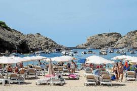 Sant Josep detecta un 35% menos de infracciones en las playas