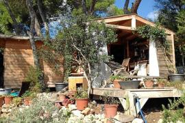 Una caseta de madera por 450 euros mensuales con gastos aparte y sólo para invierno