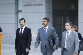 La magistrada deja en libertad a Trapero y le impone medidas cautelares