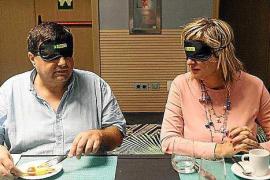 La ONCE organiza un 'desayuno a ciegas' para concienciar en materia de accesibilidad
