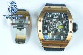 Detenidos en Ibiza tres miembros de la 'Banda del Rolex' cuando huían con un reloj valorado en 130.000 euros