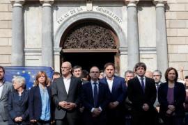 """Puigdemont ofrecerá diálogo a Rajoy el jueves, y """"no se moverá"""" de su posición actual"""