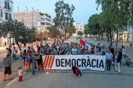 Concentraciones a favor de 'los Jordis' en las Pitiusas