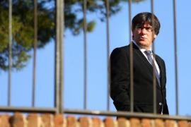 Puigdemont no se plantea por ahora convocar elecciones para evitar el 155