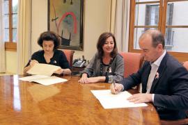 Consell y Govern firman el convenio para la nueva residencia de Formentera