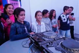 Visita escolar al Grupo Prensa Pitiusa (Fotos: Marcelo Sastre).