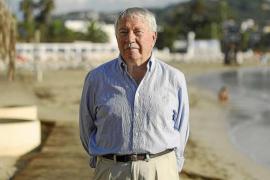 «Con el nuevo emisario la bahía de Talamanca ha cambiado al 100%»