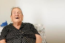 La centenaria ibicenca que no pierde la sonrisa