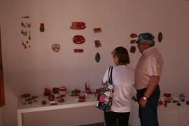 La cerámica tiene un prometedor futuro en los artistas de Formentera