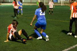 El partido entre el Atlético Jesús y La Vileta, en imágenes (Fotos: Daniel Espinosa).