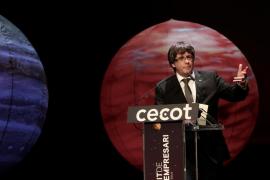 """Puigdemont: """"Un empresario nunca enviaría a la policía a pegar a sus clientes"""""""