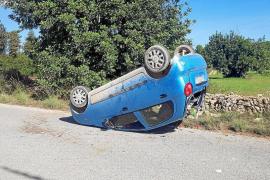 Jornada accidentada con colisiones en cadena, vuelcos y cinco heridos