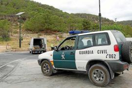 La Guardia Civil investiga el robo de joyas, relojes, ordenadores y dinero en casas de Sant Agustí