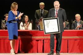 Córdoba reconoce la labor del juez Castro con el título de hijo predilecto