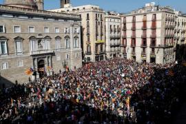 """Los estudiantes piden la proclamación de la república: """"No te eches atrás Carles Puigdemont"""""""