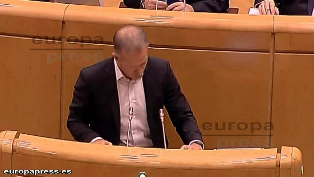El PSOE pide a Puigdemont que rectifique y evite el desastre