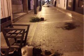 Detenido por destrozar mobiliario urbano en Sant Antoni