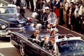Trump desclasifica 2.800 informes sobre el asesinato de Kennedy