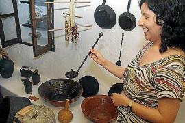 El Consell firma un convenio para garantizar la continuidad del Museo Etnográfico de Can Ros