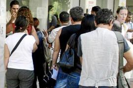 Uno de cada tres desocupados de larga duración de Balears tiene más de 45 años