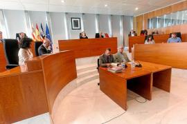 Unanimidad en el Consell para pedir al Govern una nueva depuradora en Portinatx