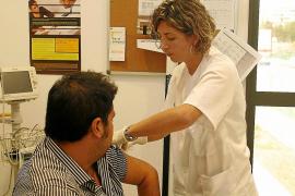 Arranca la campaña de la vacunación de la gripe con la distribución de 15.720 dosis