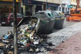 Queman contenedores en la calle Aragón de Vila y en Blanca Dona