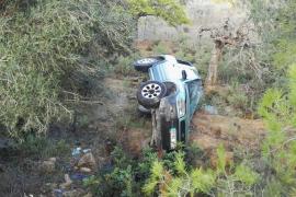 Tres heridos, uno de ellos una menor de 10 años, en una aparatosa salida de vía en Sant Mateu