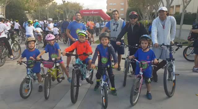 Más de 1.300 ciclistas ruedan por Ibiza en una nueva edición del Día del Pedal