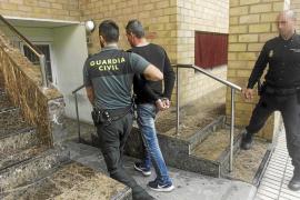 La Guardia Civil da por desarticulada la banda que robó 400.000 € de un hotel de Formentera