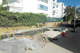 Vila replantará árboles y pavimentará alcorques para mejorar la accesibilidad
