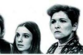 'Ocho mujeres', misterio clásico al más puro estilo Alfred Hitchcock